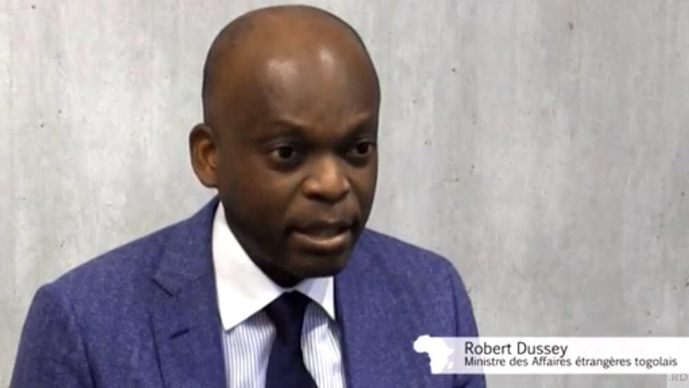 [VIDEO] Robert Dussey : «Les migrations africaines se font d'abord sur le continent africain»